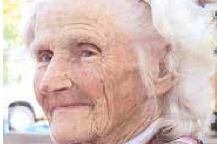 Service held for Dorthy May Roebuck
