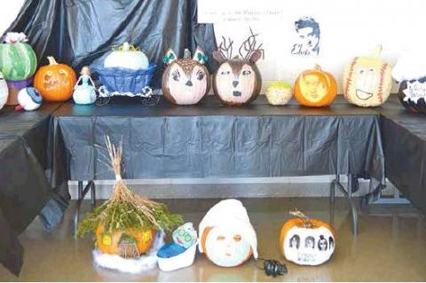 COURTHOUSE PUMPKIN CARVING CONTEST