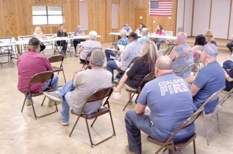 Water and higher water bills discussed at city meeting
