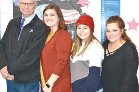 Emerson students honor veterans