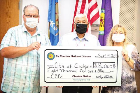 Choctaw Nation presents funds to Coalgate and Coal County