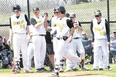 Tupelo Tigers win their own tournament