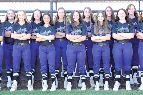 INTRODUCING THE 2020 COALGATE LADY CATS FAST PITCH TEAM